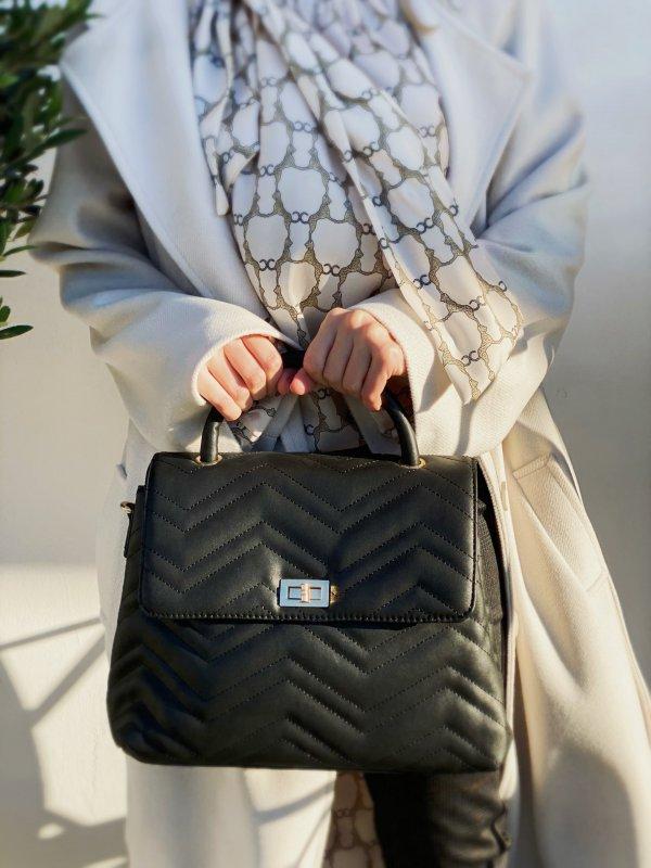 Κλασσική καπιτονέ τσάντα 1