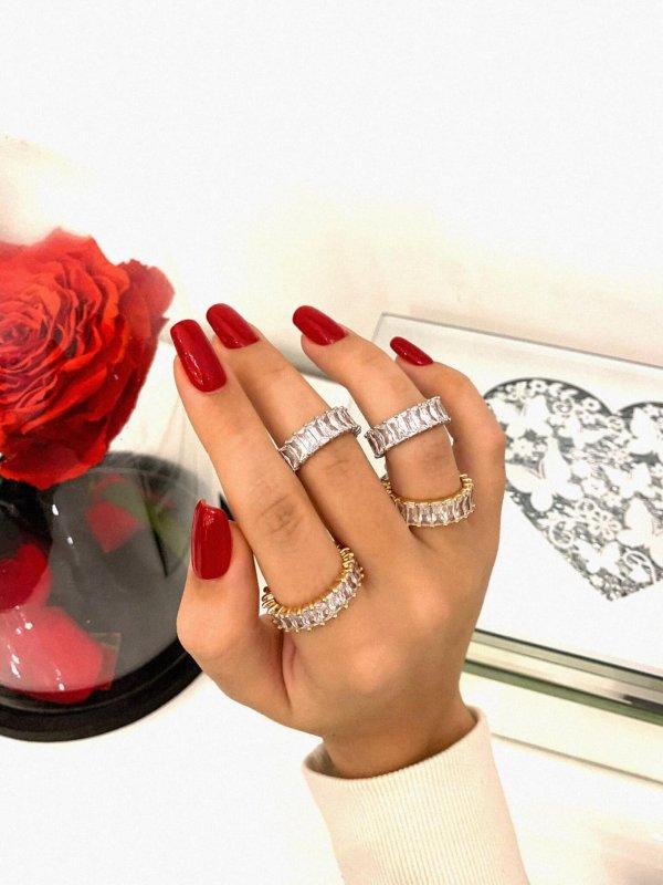 Δαχτυλίδι με στρας 1