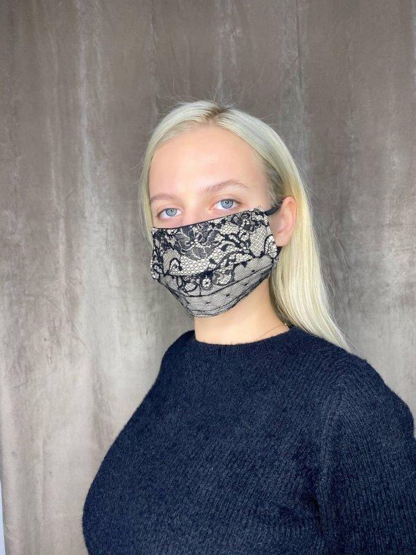 Μάσκα με δαντέλα 1