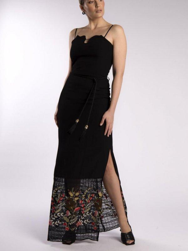 Φόρεμα με κεντητές λεπτομέρειες 1