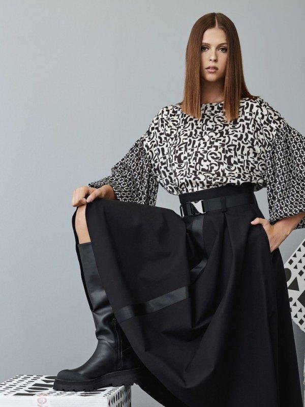 Ασύμετρη φούστα με γκρό λεπτομέρειες 1